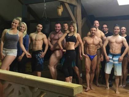 Team Power-Food's J-M.B – Posing Day